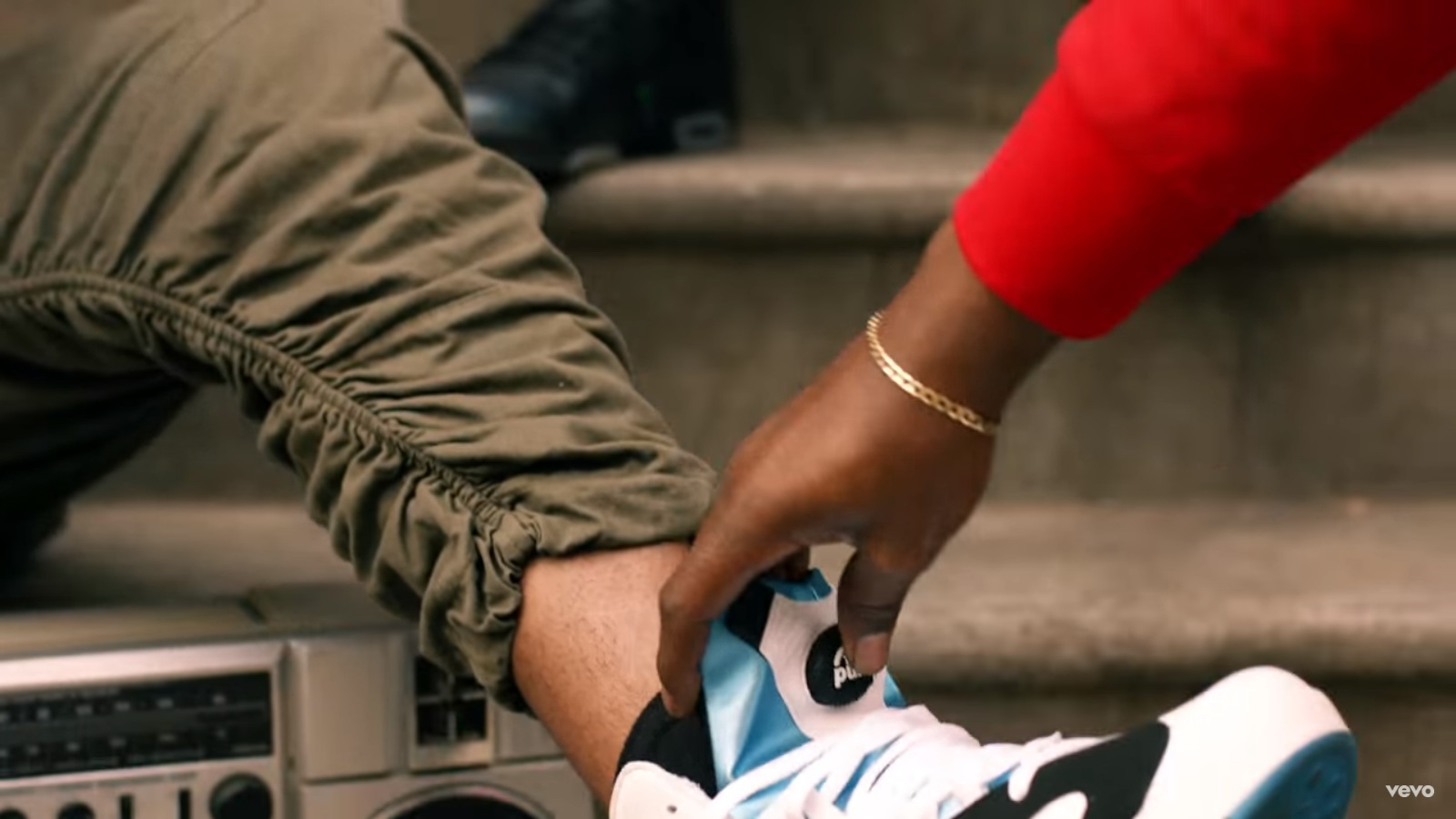 Reebok Pump Sneakers - Jeremih - I Think Of You Official Music Video Product Placement
