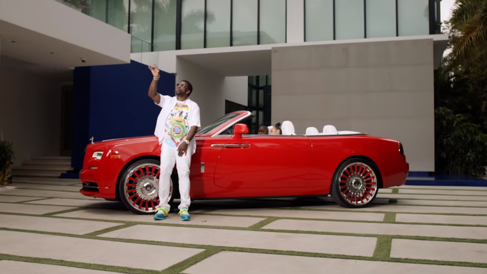 Rolls-Royce Dawn - Migos – Slippery feat. Gucci Mane Music Video  Product Placement Review