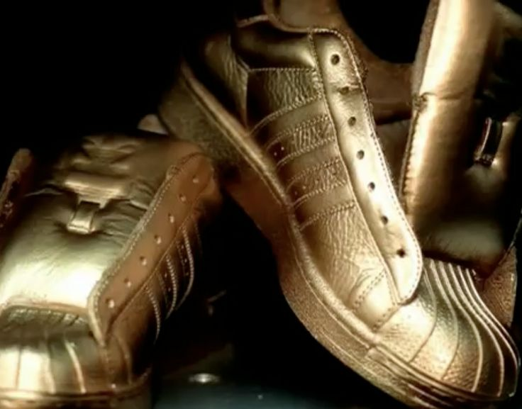 Adidas shoes in LOVE OF MY LIFE by Erykah Badu (2002) Official Music Video Product Placement