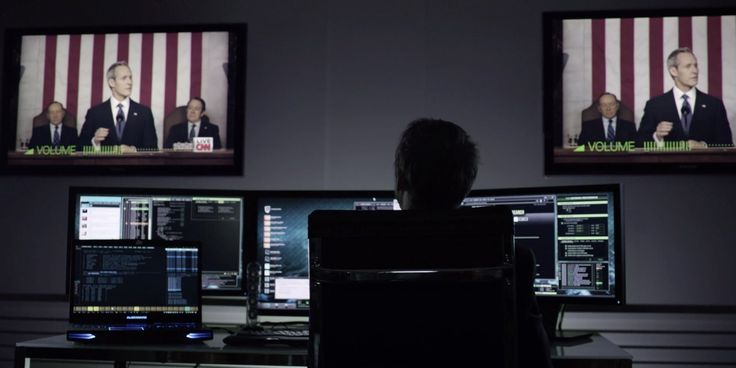 Alienware laptop, Dell monitors, CNN and Samsung TVs used by Jimmi Simpson in HOUSE OF CARDS: CHAPTER 16 (2014) - TV Show Product Placement