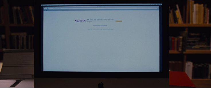 Apple iMac and Yahoo! - The Twilight Saga: Breaking Dawn - Part 1 (2011) Movie Product Placement