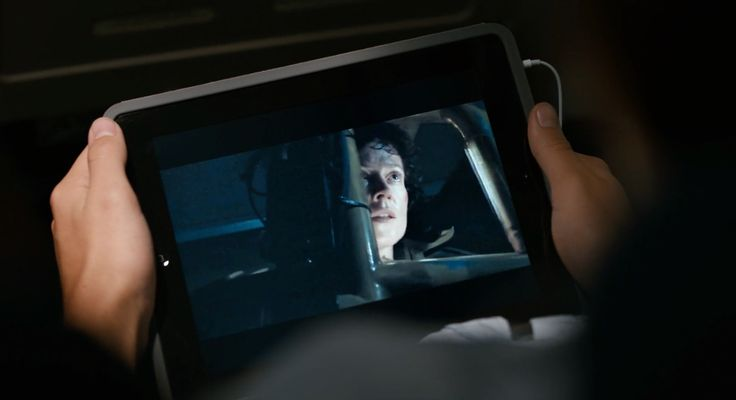 Apple iPad tablet and ALIENS movie - THE FAULT IN OUR STARS (2014) Movie Product Placement