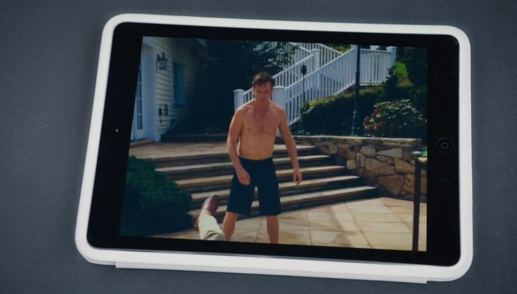Apple iPad tablet in BILLIONS: THE PUNCH (2016) - TV Show Product Placement