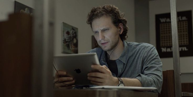 Apple iPad tablet used by Sebastian Arcelus in HOUSE OF CARDS: CHAPTER 16 (2014) - TV Show Product Placement