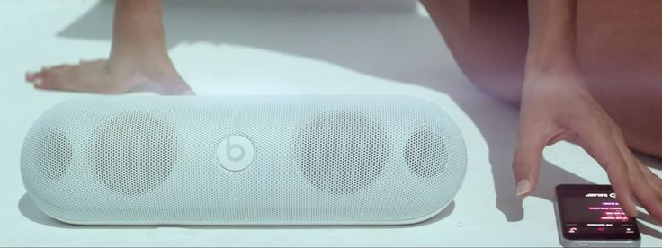 Apple iPhone mobile phone, Beats Music app and Beats by Dre Pill XL speaker in NEW FLAME by Chris Brown (2014) Official Music Video Product Placement