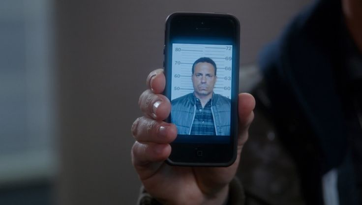Apple iPhone mobile phone in BROOKLYN NINE-NINE: OPERATION: BROKEN FEATHER (2014) - TV Show Product Placement