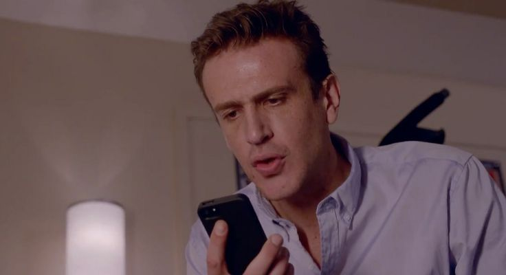 Apple iPhone used by Jason Siegel - SEX TAPE (2014) Movie Product Placement
