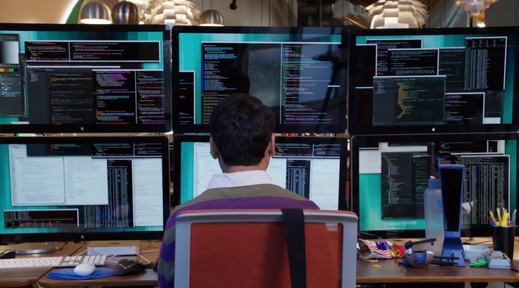 Apple Monitors - Silicon Valley TV Show Product Placement