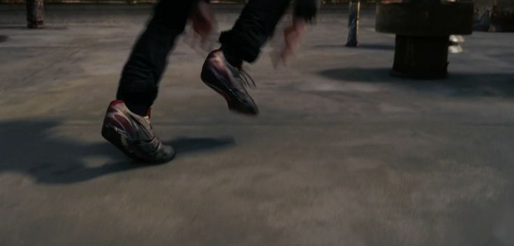 Asics shoes worn Andrew Garfield in The Amazing Spider-Man (2012) Movie Product Placement