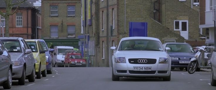 Audi TT Car driven by Hugh Grant in About a Boy (2002) Movie Product Placement