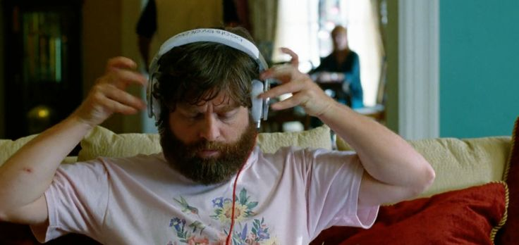 Beats by Dre Pro worn by Zach Galifianakis in THE HANGOVER PART III (2013) Movie Product Placement