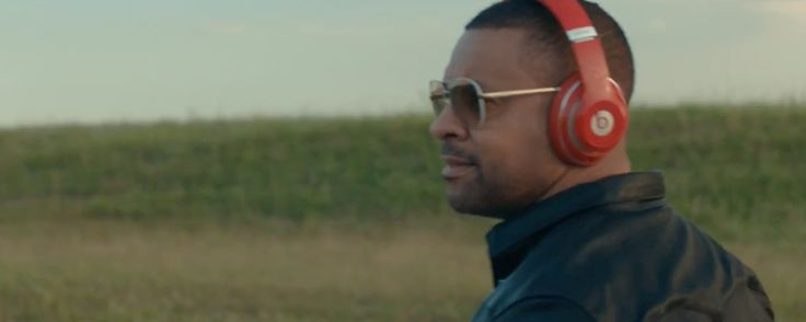 Beats by Dre headphones worn by Shaggy in ONLY LOVE (2016) Official Music Video Product Placement