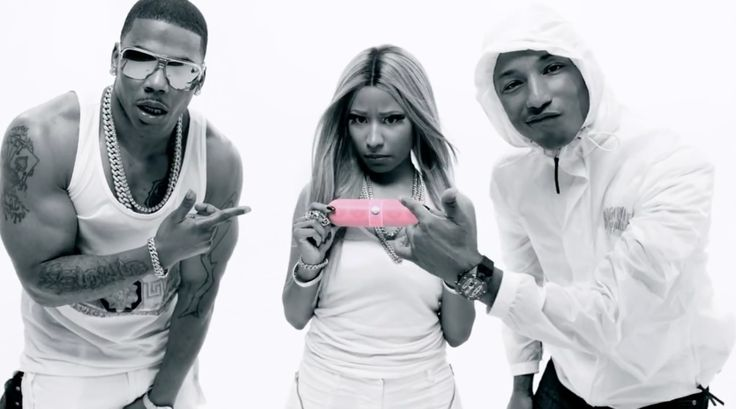 Beats by Dre Pill portable loudspeaker held by Nicki Minaj in GET LIKE ME by Nelly (2013) Official Music Video Product Placement
