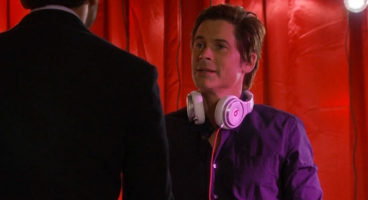 Beats by Dre Pro Headphones - PARKS AND RECREATION TV Show Product Placement
