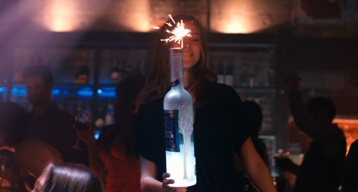 Belvedere vodka in THE BLING RING (2013) Movie Product Placement