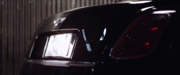 Bentley Mulsanne (2010) car in B.I.T.C.H. by Tech N9ne (2015) - Official Music Video Product Placement