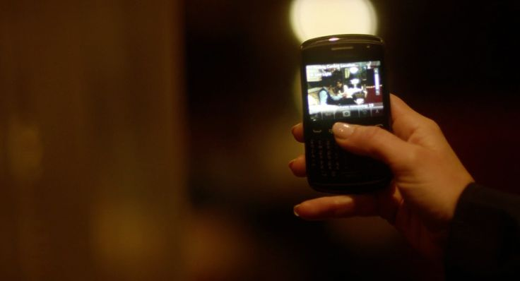 Blackberry Curve mobile phone used by Catherine Zeta-Jones in SIDE EFFECTS (2013) Movie Product Placement