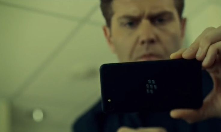 Blackberry mobile phone in ORPHAN BLACK: GOVERNED BY SOUND REASON AND TRUE RELIGION (2014) TV Show Product Placement