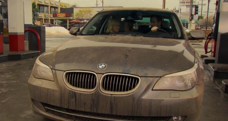 BMW 5 - PARKS AND RECREATION: GALENTINE'S DAY (2010) TV Show Product Placement