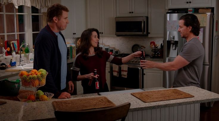 Budweiser beer in DADDY'S HOME (2015) - Movie Product Placement
