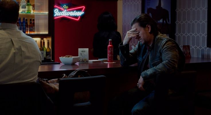 Budweiser neon sign and beer in DADDY'S HOME (2015) - Movie Product Placement