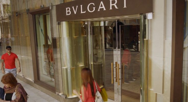 Bulgari store in BALLERS: GASLIGHTING (2015) TV Show Product Placement