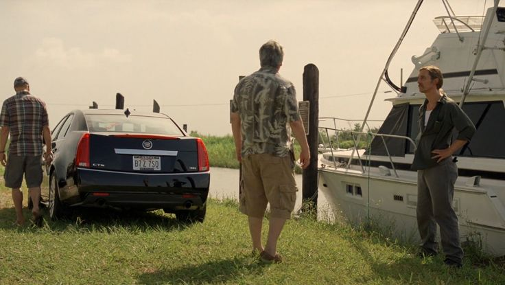 Cadillac CTS car in TRUE DETECTIVE: FORM AND VOID (2014) TV Show Product Placement