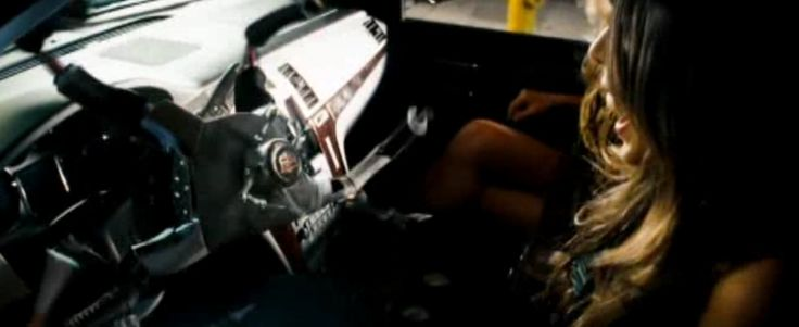 Cadillac Escalade - Transformers (2007) - Movie Product Placement