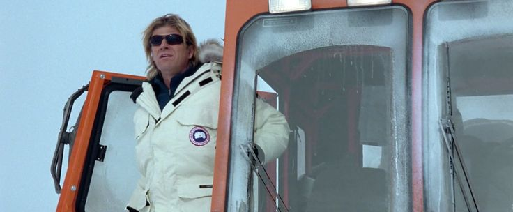 Canada Goose coat worn by Sean Bean in NATIONAL TREASURE (2004) Movie Product Placement