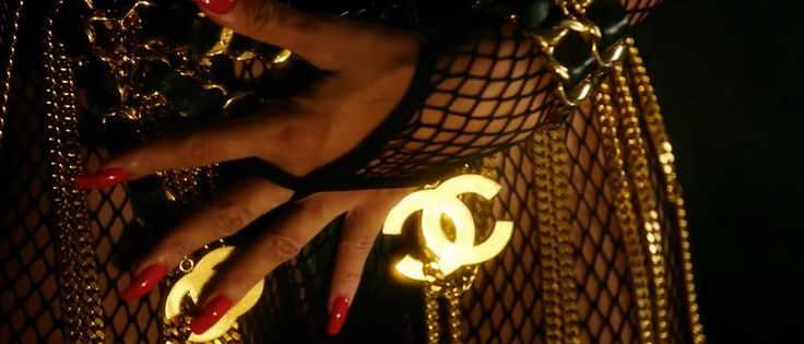 Chanel belt in POUR IT UP by Rihanna (2013) Official Music Video