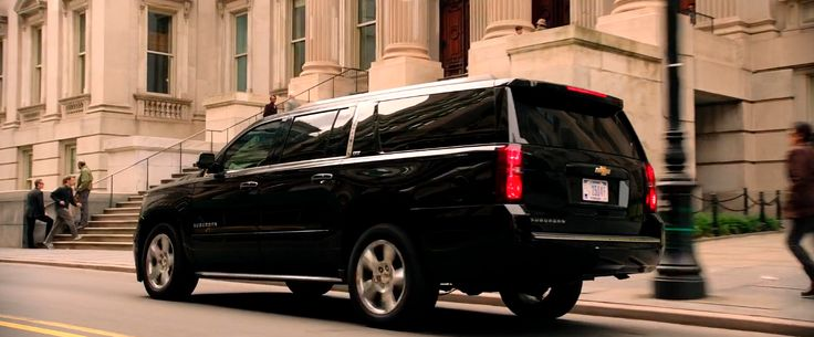 Chevrolet Suburban SUV in GHOSTBUSTERS (2016) Movie Product Placement