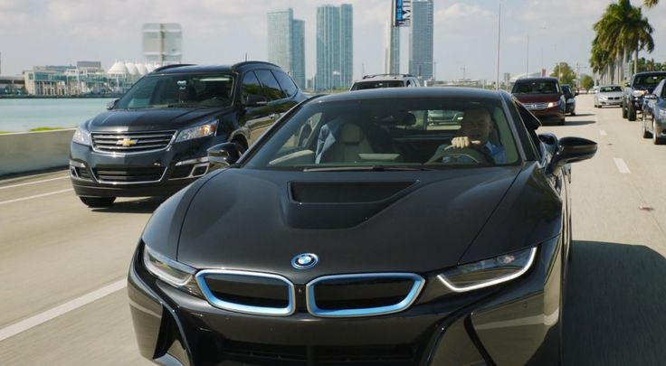 Chevrolet Traverse and BMW i8 in BALLERS: GASLIGHTING (2015) TV Show Product Placement