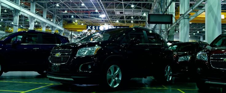 Chevrolet Trax - TRANSFORMERS: AGE OF EXTINCTION (2014) Movie Product Placement