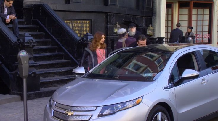 Chevrolet Volt (2011) car in HOW I MET YOUR MOTHER: GOOD CRAZY (2012) TV Show Product Placement