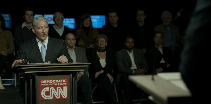 CNN debate set in HOUSE OF CARDS: CHAPTER 37 (2015) TV Show Product Placement