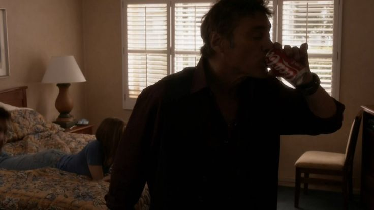 Coca-Cola - Ray Donovan TV Show Product Placement