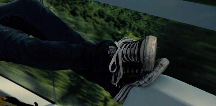 Converse shoes worn by Nick Robinson in JURASSIC WORLD (2015) Movie Product Placement