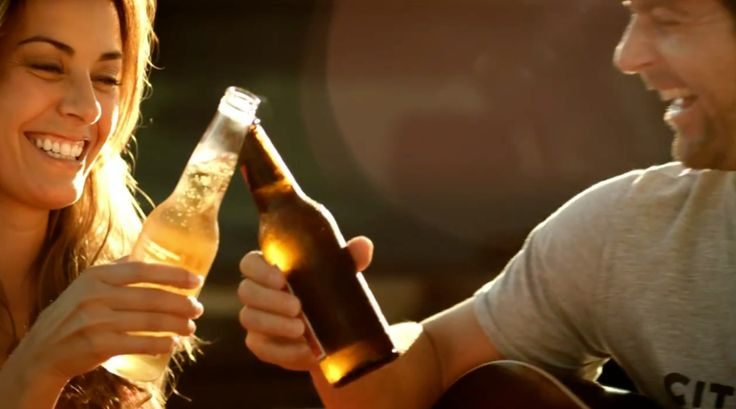 Corona and Budweiser beer in SOMETHIN' 'BOUT A TRUCK by Kip Moore (2011) Official Music Video Product Placement