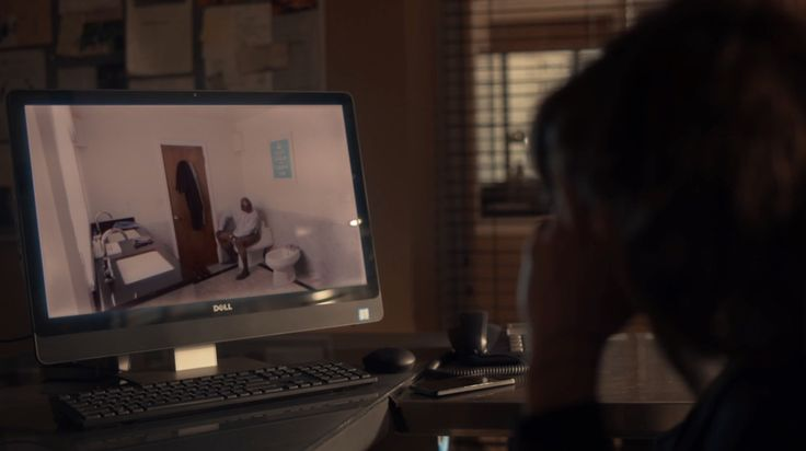 Dell computer used by Katherine Moennig in RAY DONOVAN: FEDERAL BOOBIE INSPECTOR (2016) TV Show Product Placement