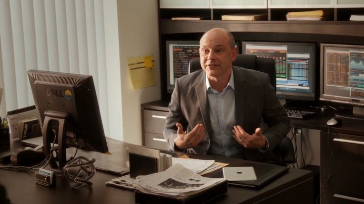 Dell monitor and Panasonic TVs and Apple iPad tablet used by Rob Corddry in BALLERS: PILOT (2015) TV Show Product Placement