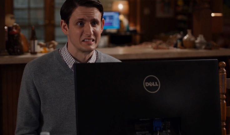 Zach Woods and Dell Monitor - Silicon Valley TV Show Product Placement