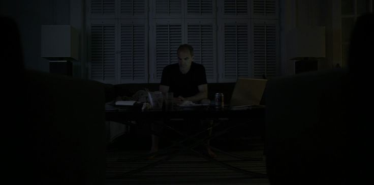 Diet Coke and Acer laptop in HOUSE OF CARDS: CHAPTER 27 (2015) TV Show Product Placement