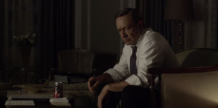 Diet Coke can drunk by Kevin Spacey in HOUSE OF CARDS: CHAPTER 18 (2014) - TV Show Product Placement