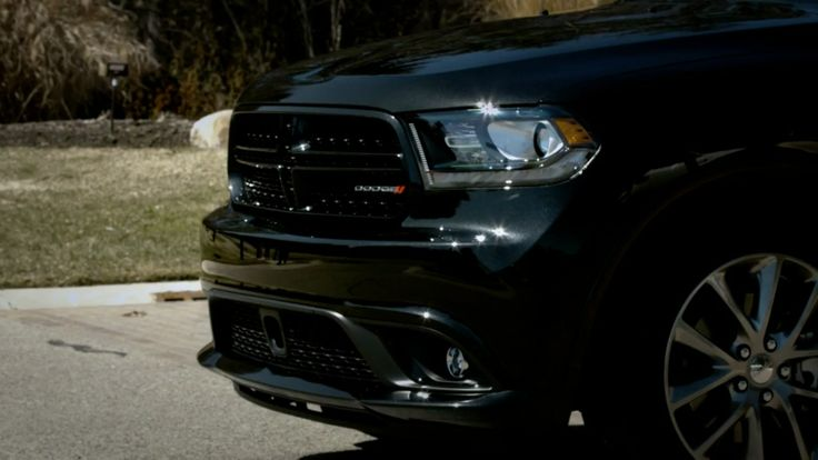 Dodge Durango driven by Eminem in HEADLIGHTS (2014) Official Music Video Product Placement