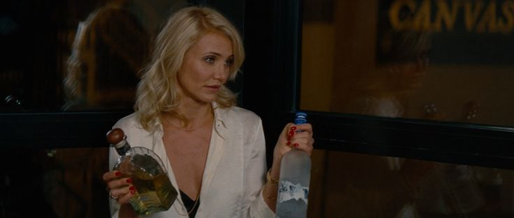 Don Julio tequila and Grey Goose vodka in THE OTHER WOMAN (2014) Movie Product Placement