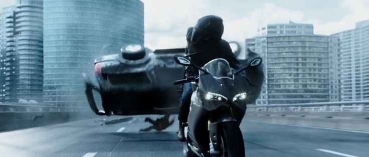 Ducati 1299 Panigale motorcycle in DEADPOOL (2016) Movie Product Placement