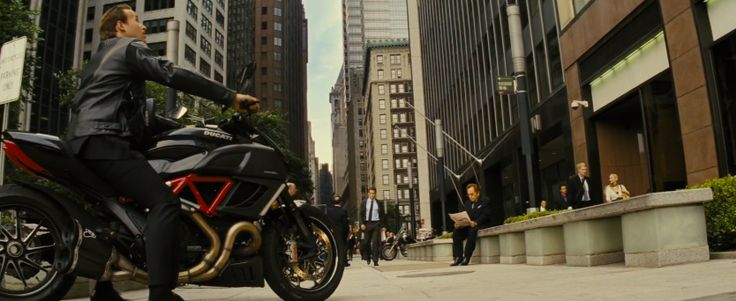 Ducati Diavel motorcycle in JACK RYAN: SHADOW RECRUIT (2014) Movie Product Placement