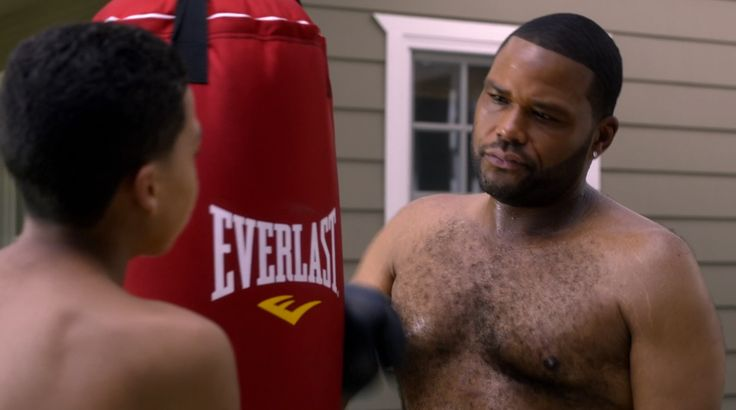 Everlast punching bag in BLACK-ISH: THE TALK (2014) TV Show Product Placement