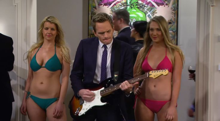 Fender electric guitar played by Neil Patrick Harris in HOW I MET YOUR MOTHER: THE ASHTRAY (2013) TV Show Product Placement