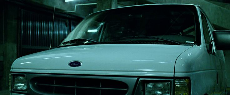 Ford Econoline - FIGHT CLUB (1999) Movie Product Placement